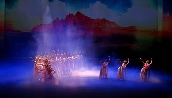 《丝路花雨》,是中国自1979年起首演的大型民族舞剧,以举世闻名的