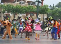 迪士尼/国庆出游涨价约10% 上海迪士尼仍火爆